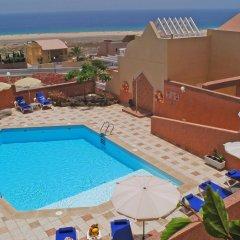 Отель Villas Monte Solana бассейн