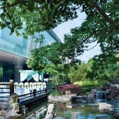 Отель Grand Millennium HongQiao Shanghai бассейн