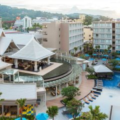 Отель Grand Mercure Phuket Patong балкон