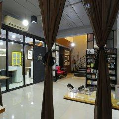 Отель Pyat Music and Artel Таиланд, Бангкок - отзывы, цены и фото номеров - забронировать отель Pyat Music and Artel онлайн интерьер отеля фото 3