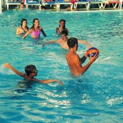 Отель Paphos Gardens Holiday Resort спортивное сооружение