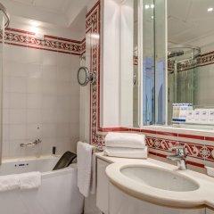 Отель Atlantic Италия, Риччоне - отзывы, цены и фото номеров - забронировать отель Atlantic онлайн ванная фото 2