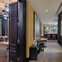 H10 Catalunya Plaza Boutique Hotel Барселона гостиничный бар