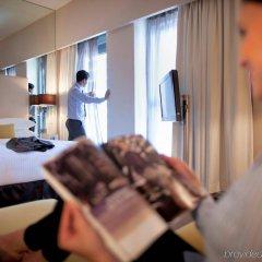 Отель Centro Capital Centre By Rotana комната для гостей фото 4