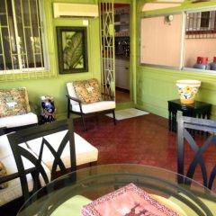 Отель Chatham Cottage Ямайка, Монтего-Бей - отзывы, цены и фото номеров - забронировать отель Chatham Cottage онлайн комната для гостей фото 3