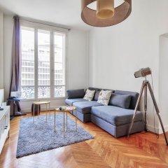 Отель Guest Trotter - Saint Philippe du Roule Франция, Париж - отзывы, цены и фото номеров - забронировать отель Guest Trotter - Saint Philippe du Roule онлайн комната для гостей фото 4