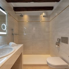 Отель Giorgione Италия, Венеция - 8 отзывов об отеле, цены и фото номеров - забронировать отель Giorgione онлайн ванная фото 2