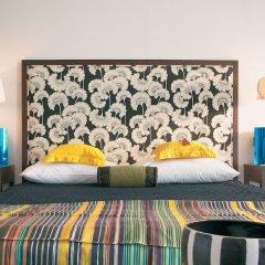 Отель Vouliagmeni Suites комната для гостей фото 3