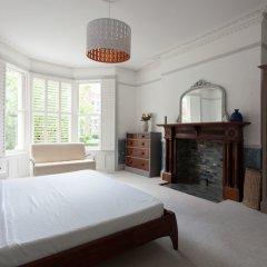 Отель onefinestay - Hampstead private homes комната для гостей фото 3