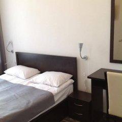 Мини-Отель White & Black Home сейф в номере