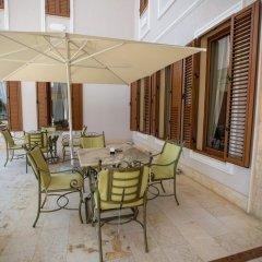 Отель Vila Zeus Албания, Тирана - отзывы, цены и фото номеров - забронировать отель Vila Zeus онлайн