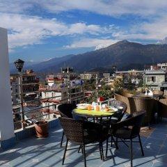 Отель Eco Tree Непал, Покхара - отзывы, цены и фото номеров - забронировать отель Eco Tree онлайн балкон