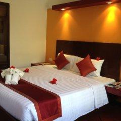 Отель All Seasons Naiharn Phuket комната для гостей фото 4