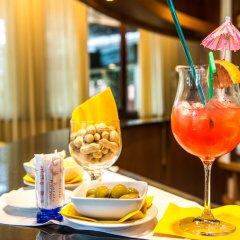 Astor Hotel гостиничный бар