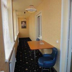Гостиница Classik в Уссурийске отзывы, цены и фото номеров - забронировать гостиницу Classik онлайн Уссурийск балкон
