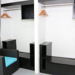 Отель I-Talay Resort сейф в номере