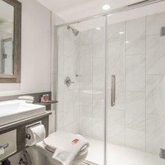 Отель Econo Lodge South Calgary Канада, Калгари - отзывы, цены и фото номеров - забронировать отель Econo Lodge South Calgary онлайн ванная фото 2