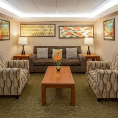 Отель La Quinta Inn Minneapolis Airport Блумингтон комната для гостей фото 4