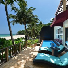 Отель Andaman White Beach Resort балкон