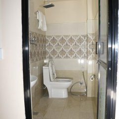 Отель Rambler Hostel Pvt Ltd Непал, Катманду - отзывы, цены и фото номеров - забронировать отель Rambler Hostel Pvt Ltd онлайн ванная