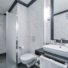 Отель Maison Astor Paris, Curio Collection by Hilton ванная