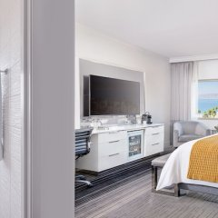 Отель Huntley Santa Monica Beach балкон
