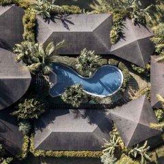 Отель Village Coconut Island остров Кокос парковка