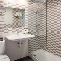 Hotel Soho Bahia Malaga ванная