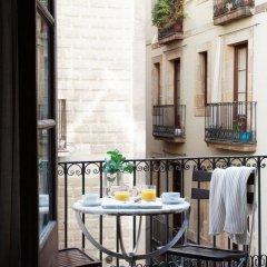 Отель Apartamentos In Barcelona Jaume I Испания, Барселона - отзывы, цены и фото номеров - забронировать отель Apartamentos In Barcelona Jaume I онлайн балкон