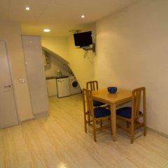 Отель Agi Sant Antoni Испания, Курорт Росес - отзывы, цены и фото номеров - забронировать отель Agi Sant Antoni онлайн комната для гостей