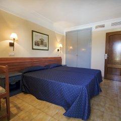 Отель Aparthotel Alcúdia Beach комната для гостей
