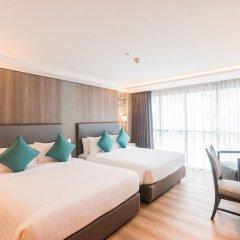 Отель Citrus Suites Sukhumvit 6 By Compass Hospitality Бангкок комната для гостей фото 4
