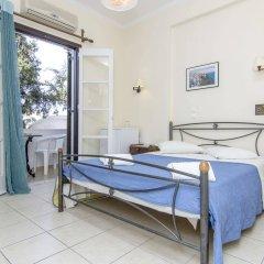 Отель Holiday Beach Resort Греция, Остров Санторини - отзывы, цены и фото номеров - забронировать отель Holiday Beach Resort онлайн балкон