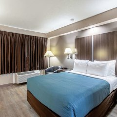 Отель Econo Lodge Кингсвилль комната для гостей фото 5