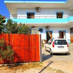 Отель Malo Apartments Албания, Ксамил - отзывы, цены и фото номеров - забронировать отель Malo Apartments онлайн парковка
