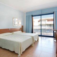 Отель Medplaya Hotel Piramide Испания, Салоу - 2 отзыва об отеле, цены и фото номеров - забронировать отель Medplaya Hotel Piramide онлайн комната для гостей фото 5
