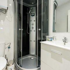 Отель Pio Baroja City Center ванная