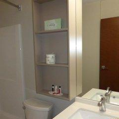 Отель Rodeway Inn & Suites Niagara Falls США, Ниагара-Фолс - отзывы, цены и фото номеров - забронировать отель Rodeway Inn & Suites Niagara Falls онлайн ванная фото 2