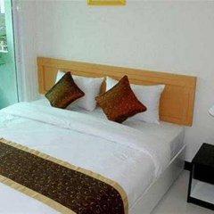 Отель The Laurel Suite Apartment Таиланд, Бангкок - отзывы, цены и фото номеров - забронировать отель The Laurel Suite Apartment онлайн комната для гостей фото 5