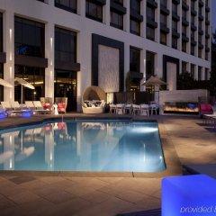 Отель Beverly Hills Marriott бассейн фото 2