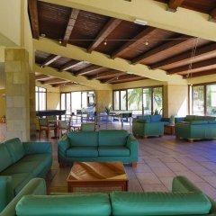 Отель VOI Arenella Resort Италия, Сиракуза - отзывы, цены и фото номеров - забронировать отель VOI Arenella Resort онлайн гостиничный бар