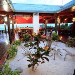 Отель Viwa Island Resort