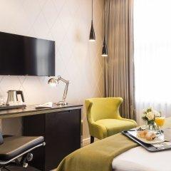 Отель Holiday Inn Dresden - Am Zwinger комната для гостей