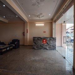 OYO 15555 Hotel Ganesham интерьер отеля