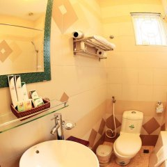 Отель Heart Hotel Вьетнам, Ханой - отзывы, цены и фото номеров - забронировать отель Heart Hotel онлайн ванная