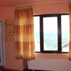 Отель Guest House Daskalov Боженци сейф в номере