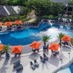 Отель Crimson Resort and Spa Mactan Филиппины, Лапу-Лапу - 1 отзыв об отеле, цены и фото номеров - забронировать отель Crimson Resort and Spa Mactan онлайн бассейн
