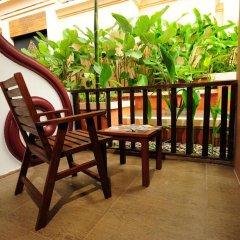 Отель Andaman Cannacia Resort & Spa Таиланд, пляж Ката - 1 отзыв об отеле, цены и фото номеров - забронировать отель Andaman Cannacia Resort & Spa онлайн балкон