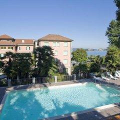 Hotel Beau Rivage Бавено бассейн