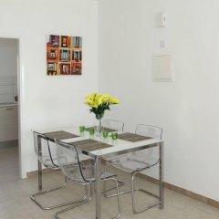 Апартаменты Anemos Apartments в номере